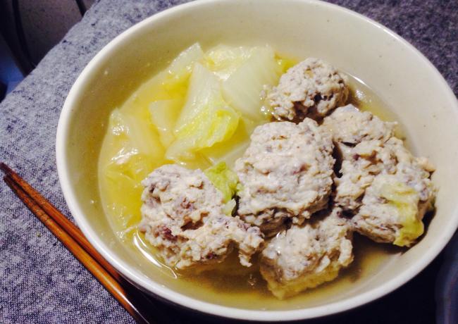 白菜LOVER。汁まで飲み干すレンコンと砂肝の鶏つみれ団子(糖質制限)