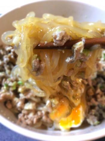 麺欲に打ち勝つ、86点の白滝肉ニンニクマヨ油そば(糖質7.4g)
