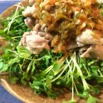 見た目も味も間違いない黒酢ネギニンニクタレの豚コマ炒めが美味。(糖質制限)
