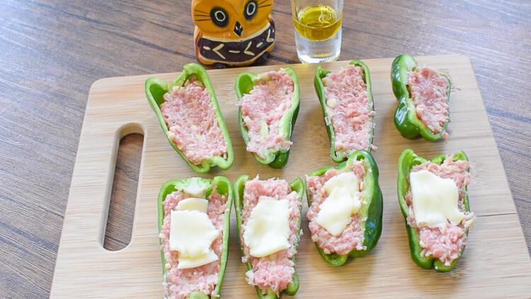 お弁当の超新星!味噌チーズ肉詰め肉汁ピーマン改(糖質4.0g)