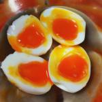 お鍋で簡単。ラーメン屋の魅力的な半熟卵の作り方(写真付き)