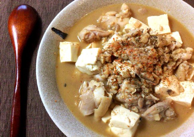 本場の味を日本風に。麻婆豆腐鶏はスープまで旨み浸透。(糖質9.8g)
