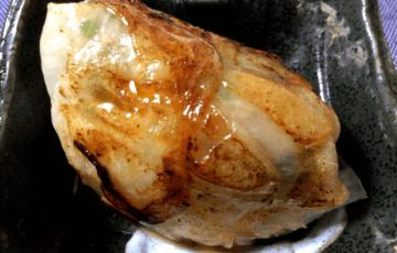 しゃき&肉汁。大根ゆず胡椒のデカ肉ニラ餃子(糖質8.7g)