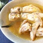 湧き上がる旨み。お店技法の博多本格鶏水炊きはコラーゲン爆発(糖質3.8g)