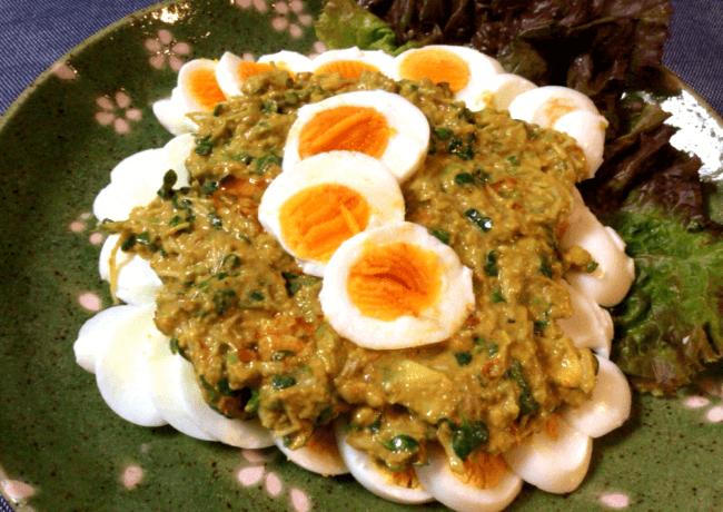 旨さソロデビュー。ゆで卵のアボカドクミン豆板醤ソース(糖質2.8g)