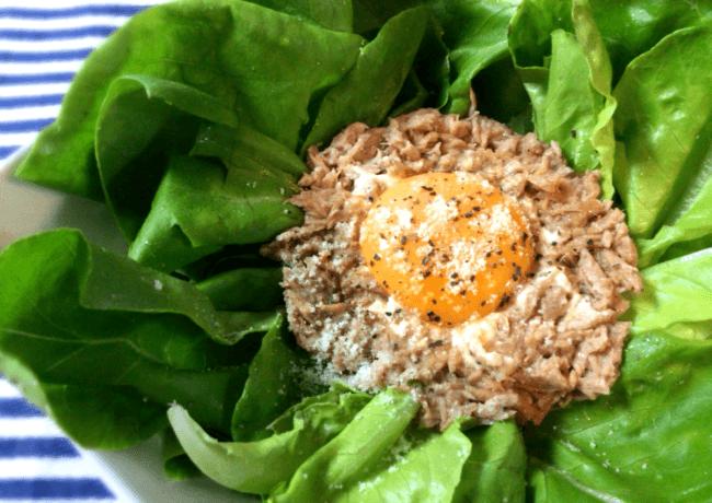 ロカボ1分飯。野菜を食べつくす美味ツナ黄身サラダ(糖質2.8g)