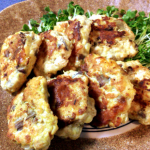 沢山できるよ。お弁当最強カレーカマンベールのナス鶏つくね。(糖質5.3g)