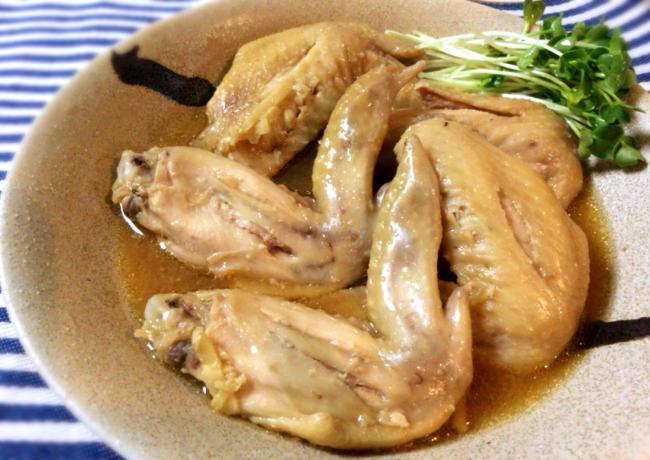 やっぱりスープ美味。黒酢と塩麹の低温トロテカ手羽先。(糖質4.9g)
