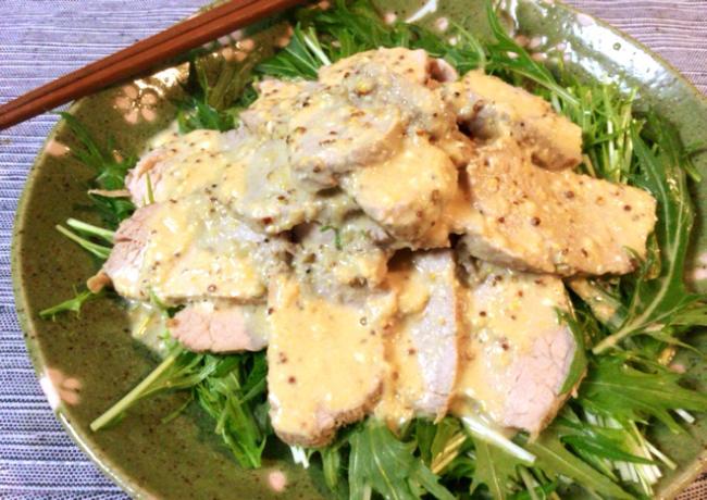 水菜激ウマ。黒酢マスタードのヒレ肉ローストポークサラダ。(糖質5.0g)
