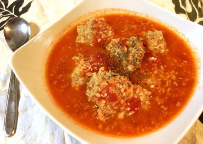 キングオブふんわり食感。トマトバターのチーズサンマつみれ。(糖質7.5g)