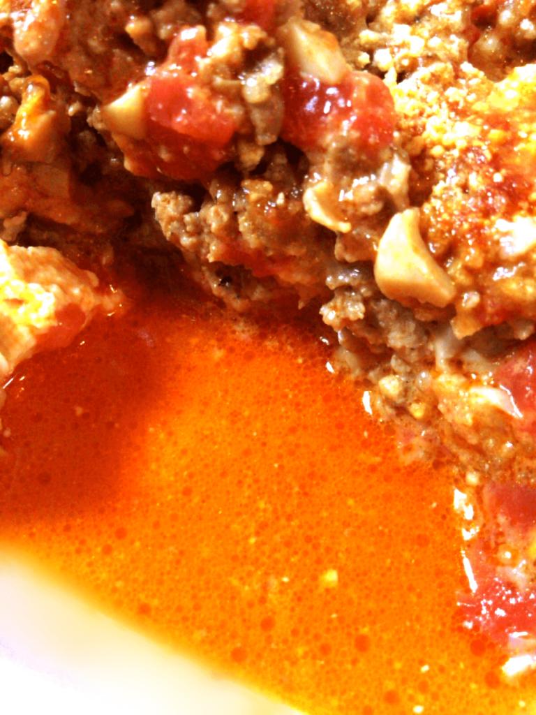 旨みの狂乱。極上味噌ナポリタンのまるごと豆腐グラタン(糖質5.3g)