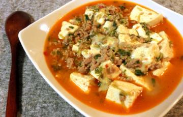 蕩ける香ばしさ。大好物モツァレラ煮込み麻婆豆腐。(糖質5.2g)