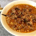 血沸き肉躍る。沁みこむ鶏モツ甘辛カレーマスタード煮込み。(糖質4.3g)