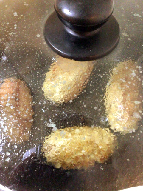 ケバブ風バーグのヨーグルチーズマスタード