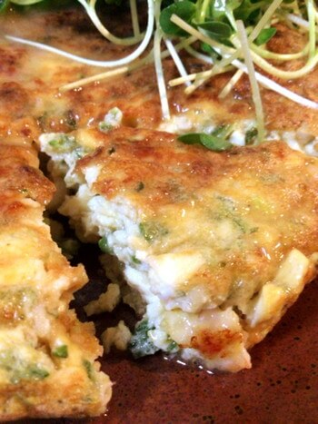 S級ふんわり感。オクラ海老豆腐の恍惚塩バター明石焼き(糖質5.4g)