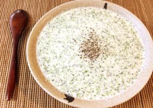 ようこそ栄養村。ブロッコバターの豆腐クリチポタージュ(糖質5.7g)