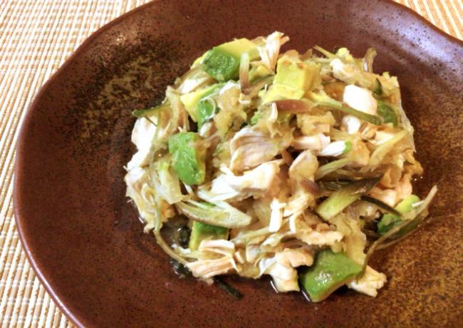畏るべし味変。アボカド茗荷の酢醤油和風ささ身サラダ(糖質3.3g)