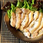 エキスの洪水。鶏もも塩麹カレーの絶品低温ゆで鶏(糖質2.8g)