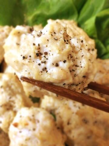 お弁当の先陣。エノキチーズの大盛りオーブンチキンナゲット(糖質8.3g)