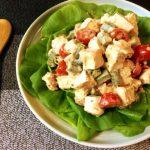 大皿の幸せ。柔らか鶏と夏野菜のバジルクミンこぶサラダ(糖質7.8g)