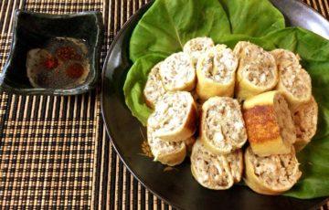 更なる旨さに。オイマヨ鯖缶チキンの辣油酢胡椒ロール(糖質4.4g)