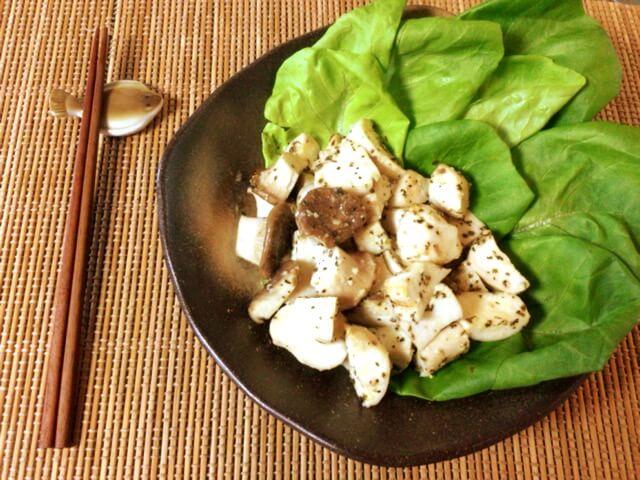 キノコの底力。サイコロエリンギの大蒜バジルおつまみ(糖質6.3g)