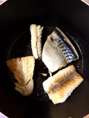サクサク揚げ梅タルタル鯖サンド