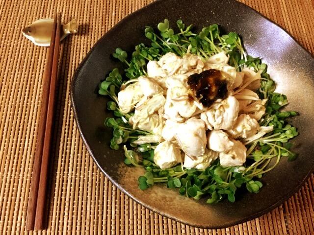 ご飯ですよ最強。海苔の佃煮マヨ辛子の茗荷ササミ和え(糖質2.7g)