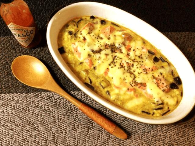 とろりに全力。濃厚味噌カレーの茄子シャケマヨグラタン(糖質7.5g)