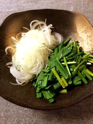 カレーサバ缶の濃甘糸こんチャプチェ