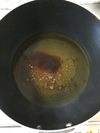 たまごマヨ餡かけの凝縮ポークボール