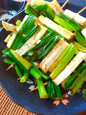 蜂蜜山椒醤油の甘トロネギ串焼き