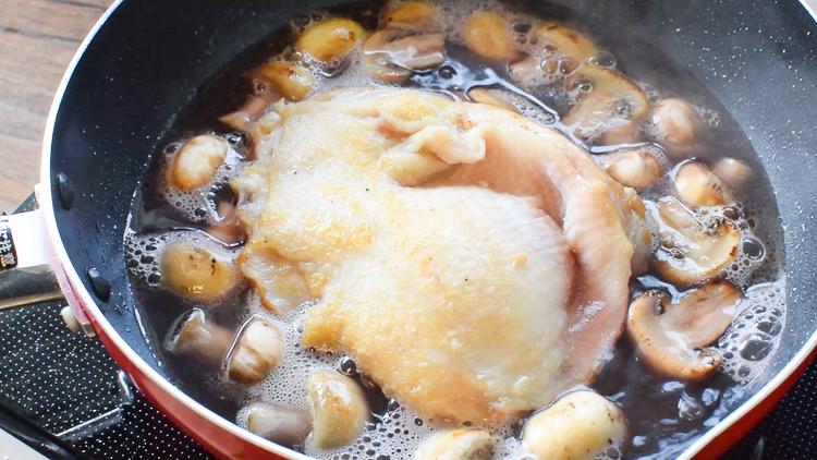 全ての鶏好きに!超低糖の絶品塩胡椒ポットローストチキン(糖質0.8g)