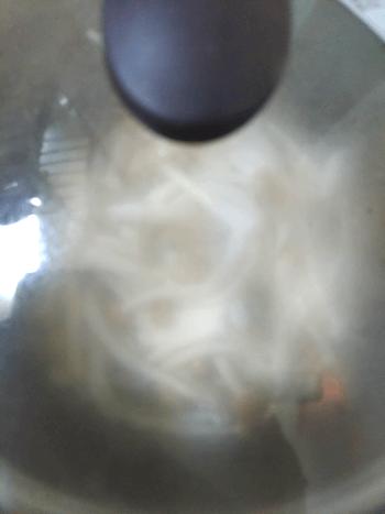 濃厚戸惑うカレーチーズキノコカルボナーラ