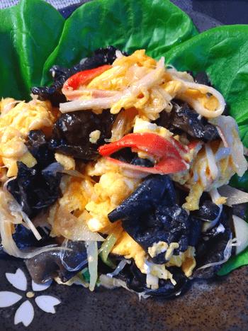 とろり葱大蒜の絶品きくらげマヨカニ玉(糖質3.6g)