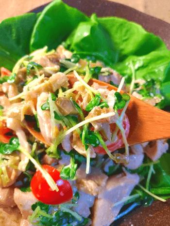 想像うさぎ跳び。旨味乱れる焦がし柚子マヨのザーサイ鶏サラダ(糖質2.7g)