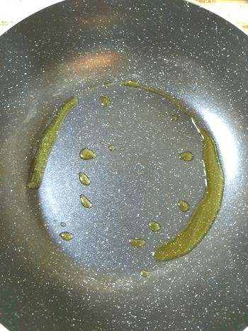 蕩ける裏技。旨味満タンの特大納豆明石焼き風オムレツ(糖質8.6g)