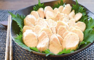 最高にしっとり。山椒塩麹の絶品90分ささみ鶏ハム(糖質3.1g)