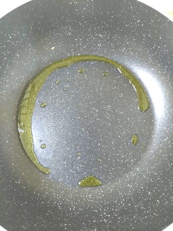 滑らか煌めく。ウスター黄身マスタードの激柔アボカドチキン(糖質8.5g)