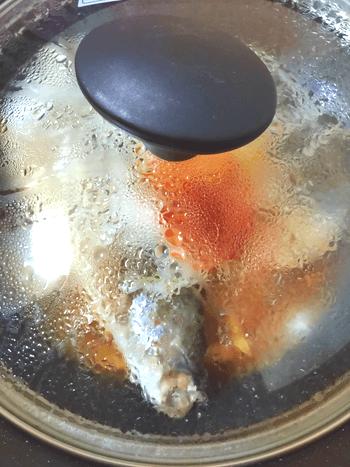 頬張る柔旨さ。一味バターポン酢の葱鯖フライパン蒸し(糖質8.0g)