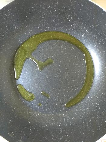 ご馳走丸ごと。食べ応えDXのBIGチキンナゲットバーグ(糖質6.9g)