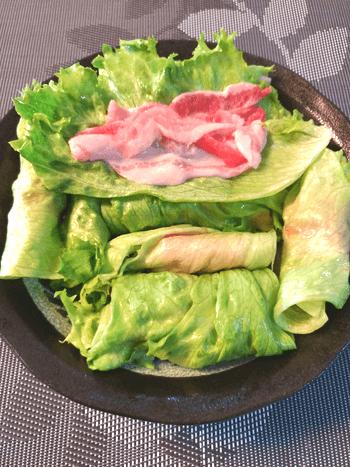 軽さ別格。ガーリック生姜ポン酢の激シャキ温しゃぶレタス(糖質6.5g)