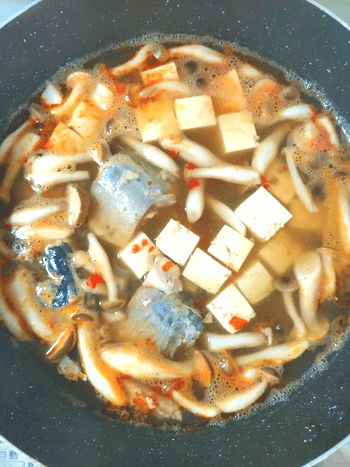 即放置で絶品の薫るトム鯖ヤムクン(糖質6.3g)