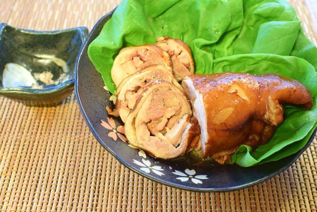 ジュワッと鶏旨。タコ糸要らずの塩紅茶柔らかチキン叉焼(糖質0.2g)