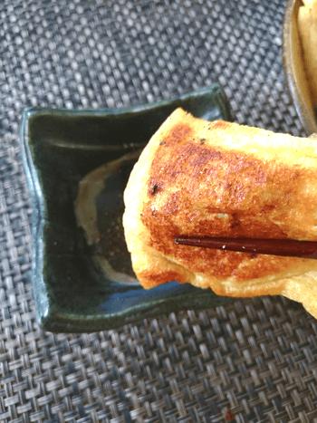 滑らかに感謝。チーズサバ缶の濃厚油揚げニラ餃子(糖質5.2g)