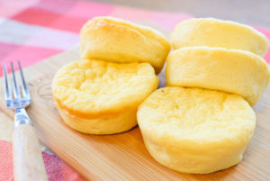 1個63kcal。冷やして激うま濃厚ギリシャおからチーズケーキ(糖質2.2g)