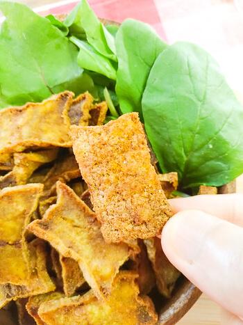 大変ご機嫌。蜂蜜カレー厚揚げチップスはレンチン二撃(糖質4.6g)