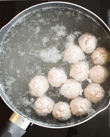 驚きの中毒性。最高糸生姜の極上黒酢はんぺん豚団子(糖質7.4g)