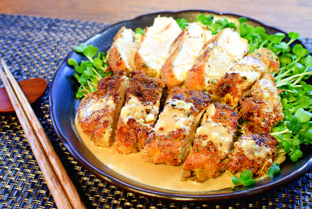 サクサクやろうぜ!マヨバルサミコ風バジル粉豆腐チキンカツ(糖質2.4g)