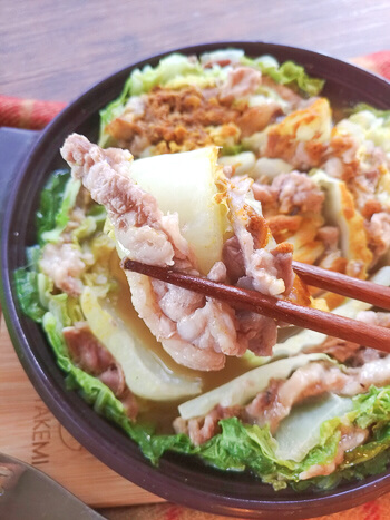 最も簡単工程。激沁み旨出汁カレー白菜ミルフィーユ鍋(糖質9.8g)